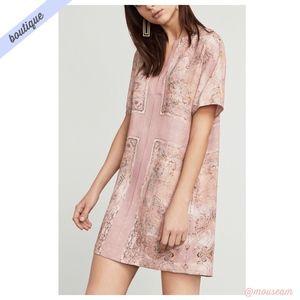 [BCBG] Light Pink Harlan Scarf-Print Dress